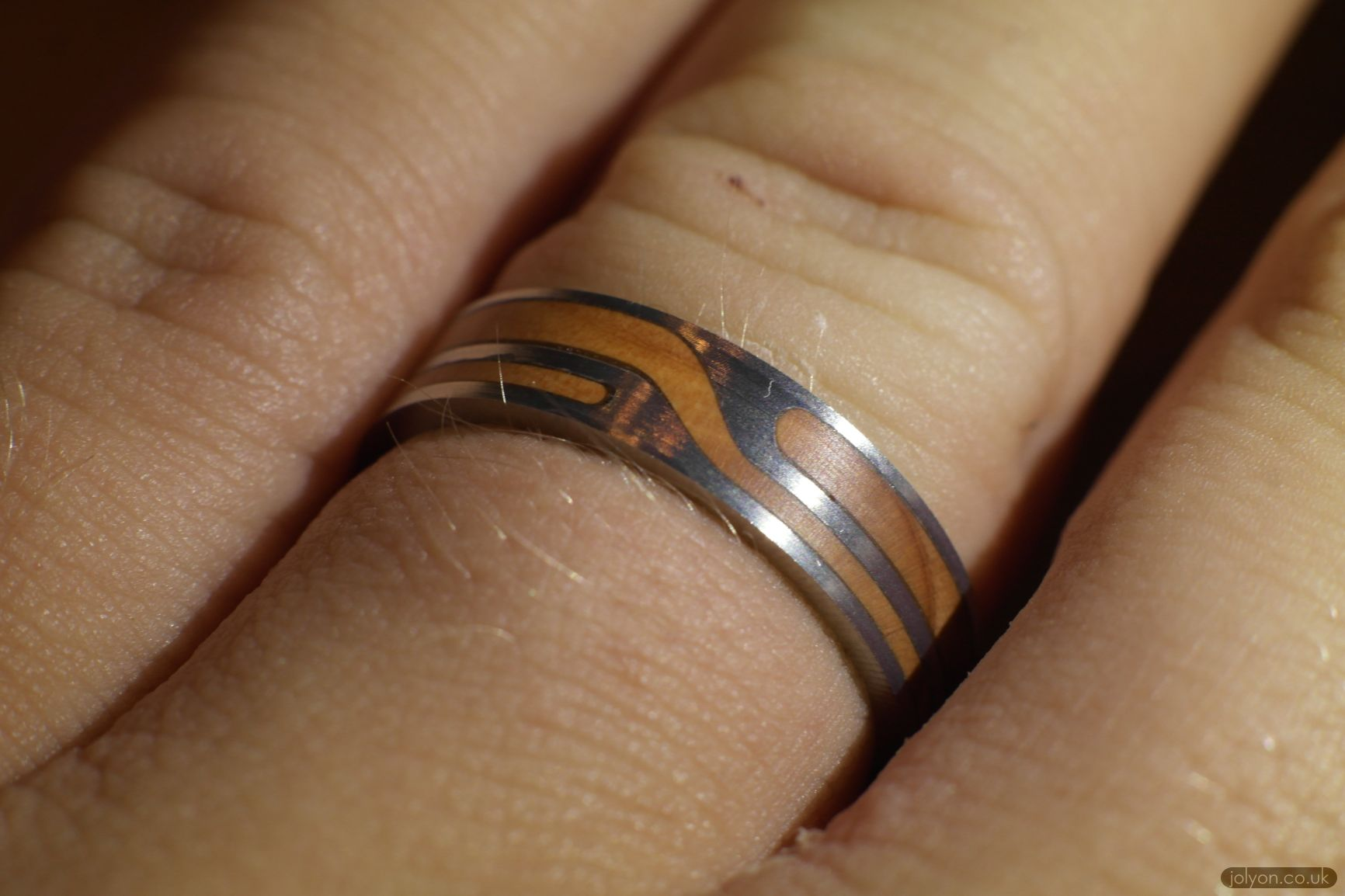 make captive ring experiment mattscaptiverodring lathe article image rings featured